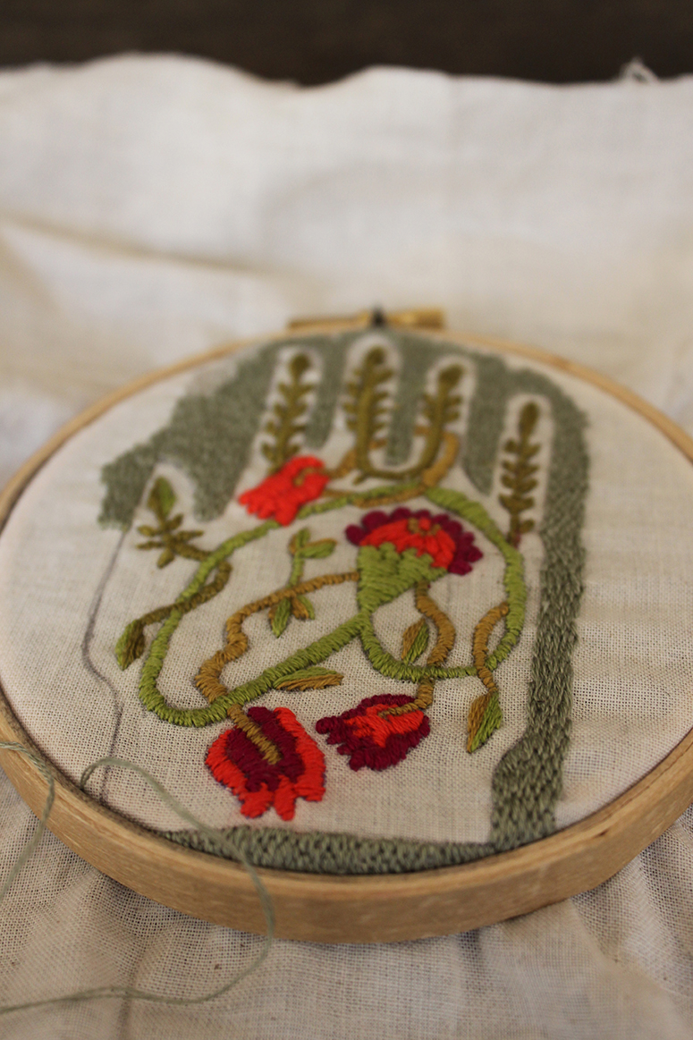 detail2-embroidery