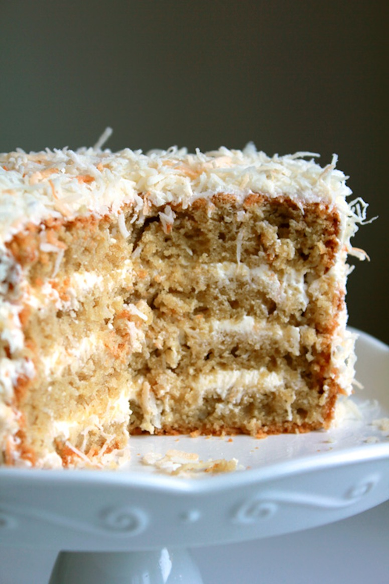 Toasted coconut cake with coconut buttercream via Oh Sweet Day