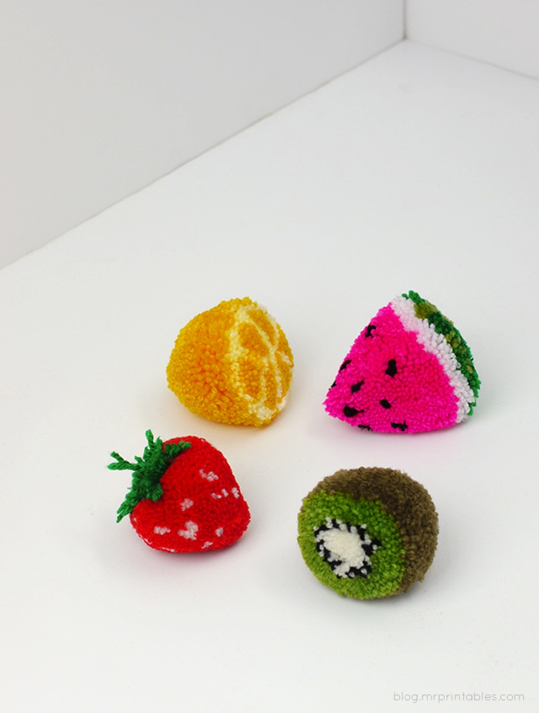 Fruit pom poms... see the DIY!