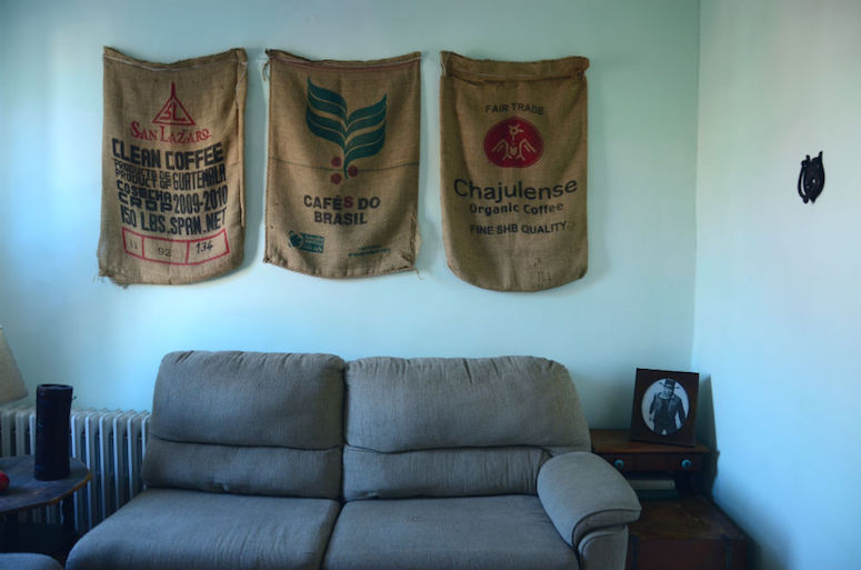 10-libby-zay-guest-room-coffee-bags