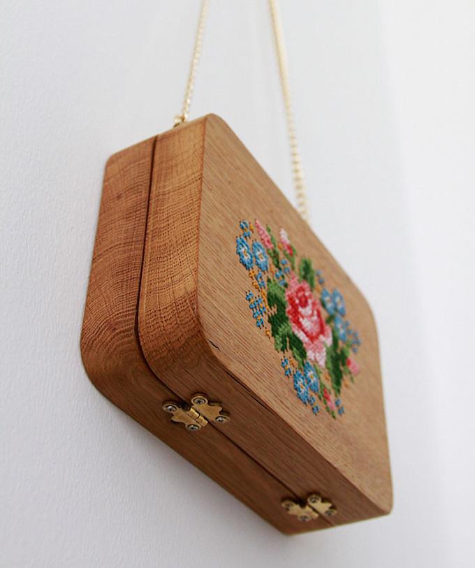 Grav Grav 39 S Embroidered Wooden Bags