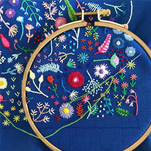 38f17c6f4de1 Tiny Embroidery Stitches Small Blooms Into Spontaneous Arrangements