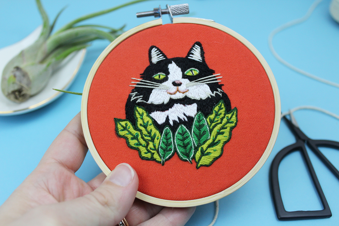 Cat face embroidery by Sara Barnes