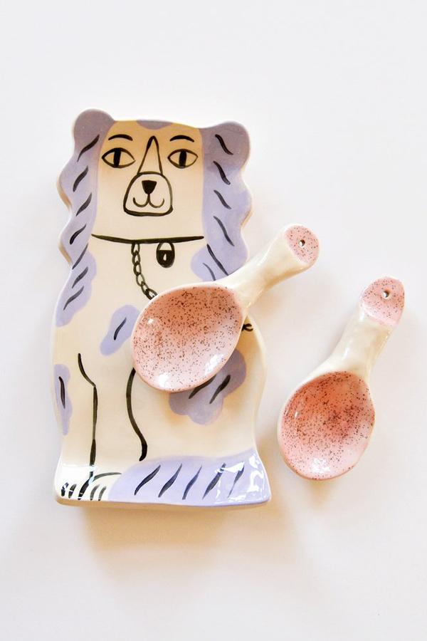 Staffordshire dog plate by Livia Coloji