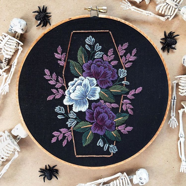 Fall-inspired embroidery pattern