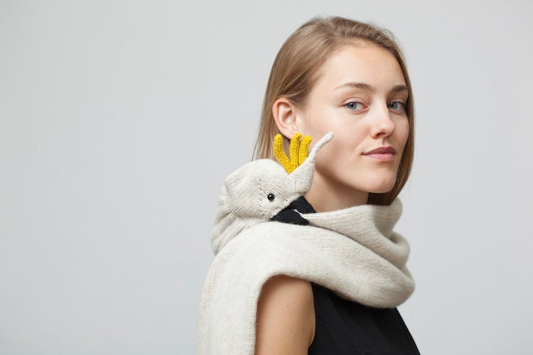 DIY bird scarf
