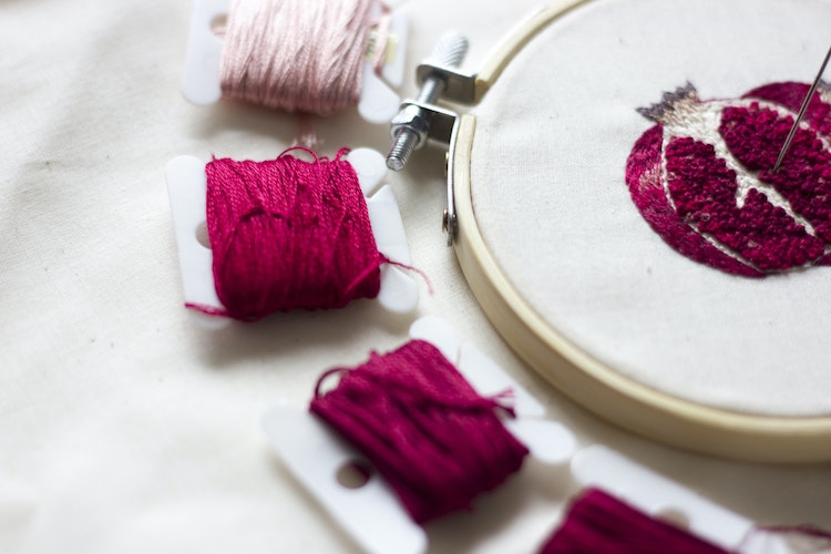 5 YouTube Channels That Show How to Do Embroidery Stitches, From Basic to Advanced
