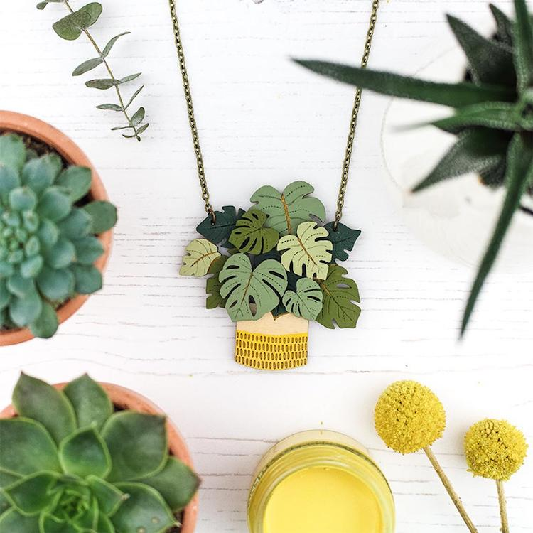 Houseplant wooden necklaces