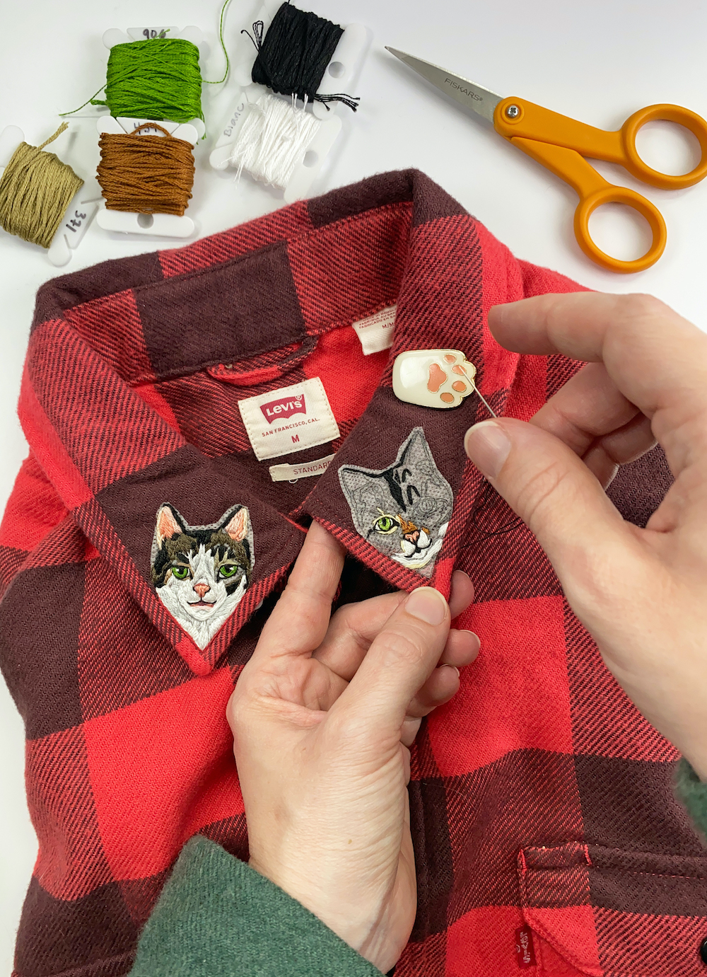 Custom pet embroidery by Sara Barnes / Brown Paper Stitch