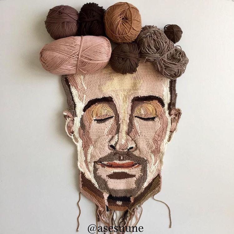 Crochet Portraits by Une